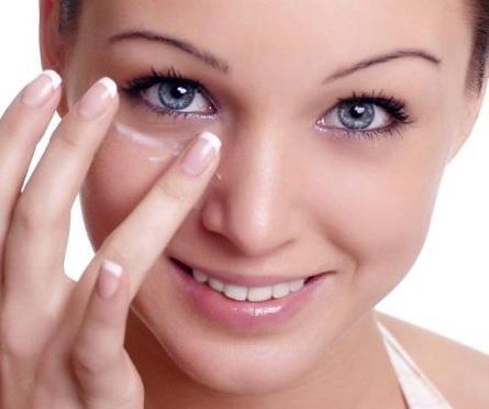 Эфирные масла вокруг глаз