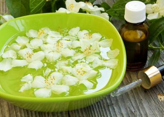 эфирное масло жасмина, эфирное масло жасмина свойства